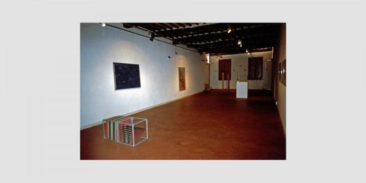 sala-Alighiero-Boetti-veduta-dellinstallazione-1999