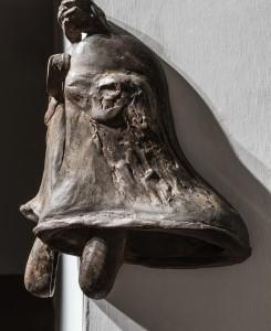 28. Enzo Cucchi, Senza titolo, 2017, bronzo, 46x26x28 cm circa. Courtesy dell'Artista. Particolare. Foto OKNOstudio