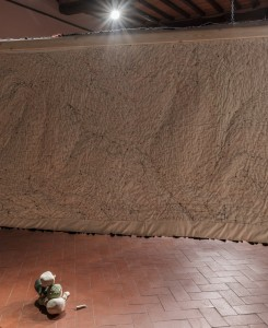 37. Entro dipinta gabbia. Enzo Cucchi, Enrico David. Casa Masaccio centro per l'arte contemporanea. Exhibition view. Foto OKNOstudio