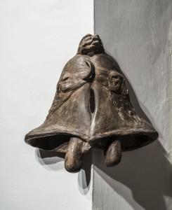 27. Enzo Cucchi, Senza titolo, 2017, bronzo, 46x26x28 cm circa. Courtesy dell'Artista. Foto OKNOstudio