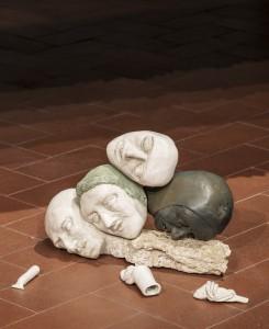 36. Enrico David, Untitled, 2017, Jesmonite, pigmento e bronzo, 29x43x20 cm. ©dell'Artista, Courtesy Michael Werner Gallery, New York-Londra. Foto OKNOstudio