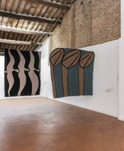 38. Entro dipinta gabbia. Enzo Cucchi, Enrico David. Casa Masaccio centro per l'arte contemporanea. Exhibition view. Foto OKNOstudio