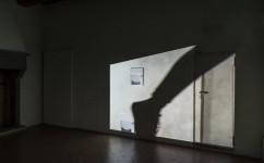 24_Lee Kit, Linger on, your lit-up shade, Casa Masaccio Centro per l'Arte Contemporanea. Veduta della mostra.